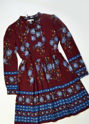 Роскошное платье миди в принт с длинным рукавом