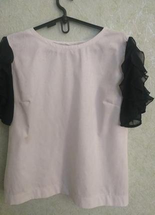 Эффектная блуза с красивыми шифоновыми рукавами