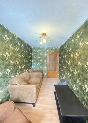 Продается  комнатная квартира пос.Горького