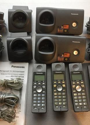 Большой комплект радиотелефон Panasonic KX-TG7108UA