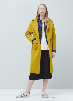 Женское легкое шерстяное пальто прямого кроя mango