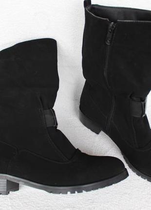 Зимние сапоги, ботинки 39 размера на низком ходу