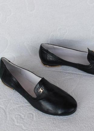 Кожаные туфли, лоферы 38 размера на низком ходу