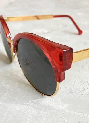 Женские солнцезащитные очки кошечки с красной прозрачной оправой