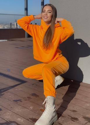 Базовый спортивный костюм