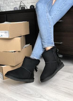 Черные женские ботинки угги ugg mini bailey bow ii black