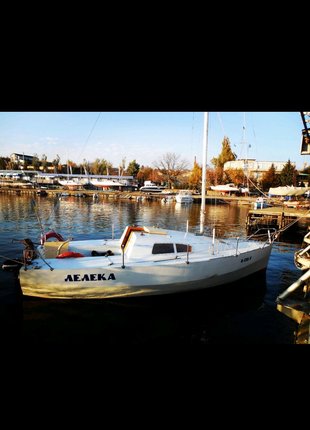 Яхта прогулочная Т3