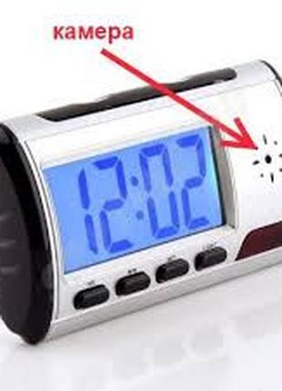 Часы со скрытой камерой диктофон и детектор движения с пультом