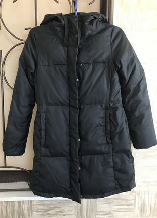 Чёрный пуховик пальто с капюшоном GAP