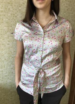 Атласная летняя блуза oodji с поясом, короткий рукав, 42 размер