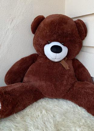 Большой мягкий медведь