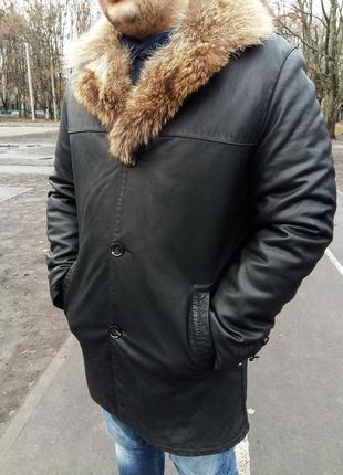 Мужская кожаная зимняя куртка с мехом.