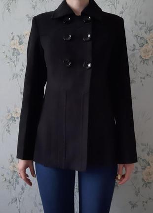 Изысканное итальянское пальто