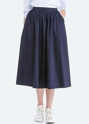 Стильная джинсовая юбка-клёш uniqlo с карманами