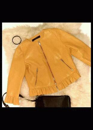 Куртка жіноча zara basic 0011