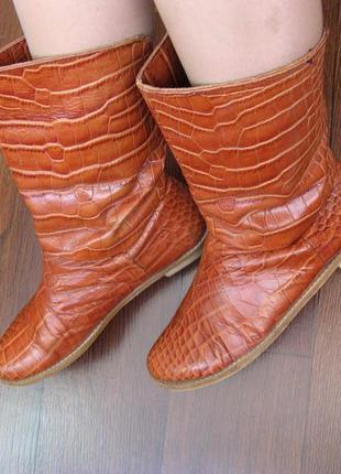 Кожаные ботиночки на плоской подошве, утеплитель - тонкий флис...