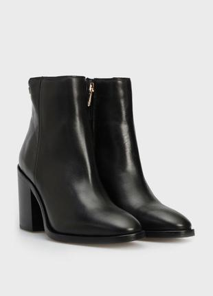 Tommy hilfiger женские черные кожаные ботильоны