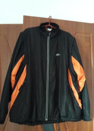 Спортивная куртка-жилетка весна-осень