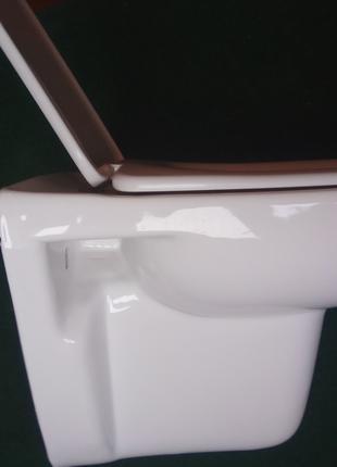 Подвесной Унитаз с крышкой