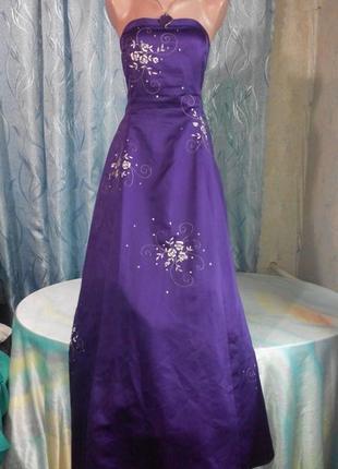 Шикарное вечернее платье от niki livas