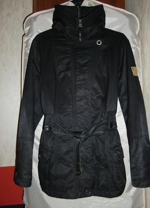 Женская куртка Guess - Los Angeles kenzo dkny gant hilfiger tommy