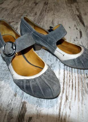 Туфли из натуральной замши mjus