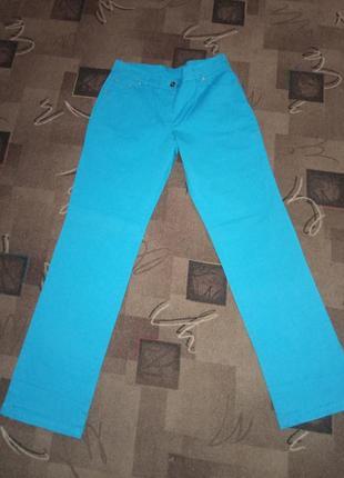 Стрейчевые брюки от mara carol