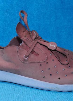 Кожаные мокасины кроссовки nurture 36 размер