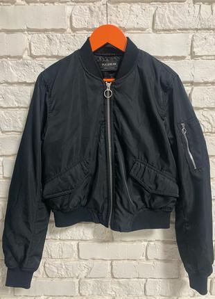 Куртка бомбер, размер xs. Фирмы Pull&Bear