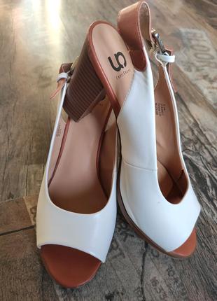 Туфли женские, босоножки 37,5