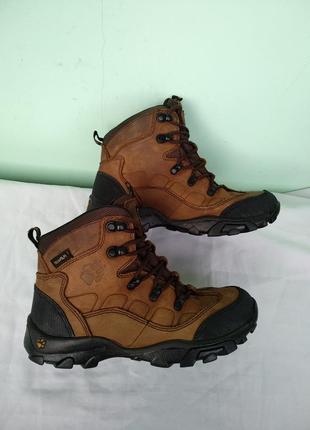 """Термо-ботинки """"jack wolfskin"""" оригинал р.35 кожаные мембранные..."""