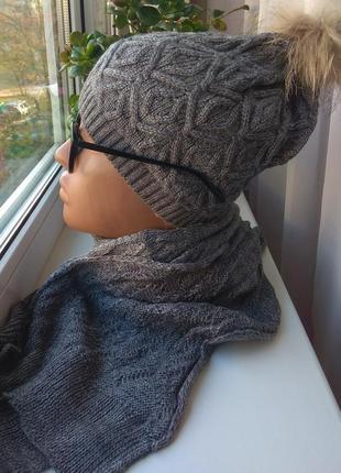 Новый осенний комплект шапка с натуральным бубоном (енот) и ша...