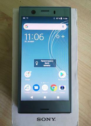 Смартфон Sony Xperia XZ1 (38404)