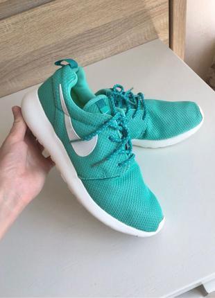 Кроссовки Nike Roshe Run(adidas,puma,reebok,yeezy)