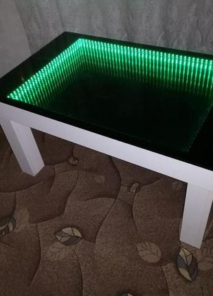 Журнальный стол с эффектом бесконечности