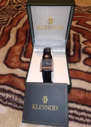 Часы / кварцевые часы / женские часы / наручные часы / kleynod