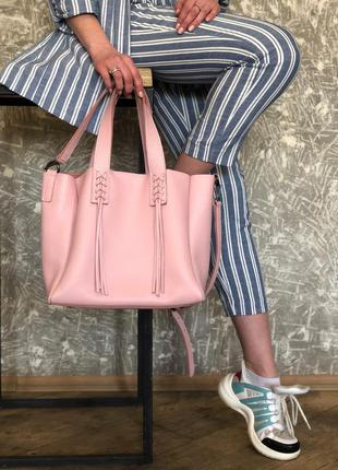 Кожаная женская сумка 2 в 1 шоппер (akua) пудра