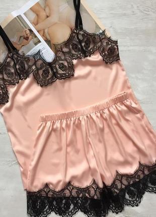 Пижама женская шелковая майка и шорты персик