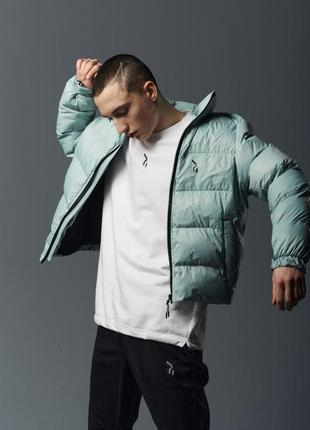 Короткая мужская куртка-пуховик мята
