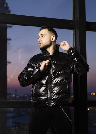Короткая куртка-пуховик мужская черная 7970