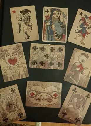 Игральные карты от Патрика Валенсы Royal Mischief