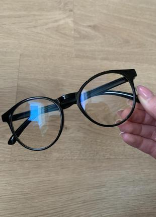 Стильные имиджевые компьютерные очки с антибликом