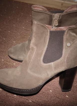 Замшевые ботинки nero giardini размер 40 стелька 25,5 см италия