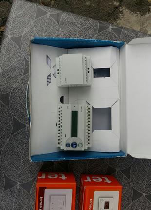 Продам DEVIreg 850III + IP24В