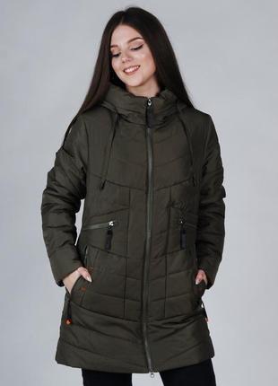 Весенняя женская куртка хаки