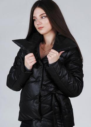 Весенняя куртка-одеяло короткая