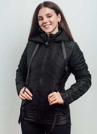 Черная короткая куртка демисезонная (44-54)