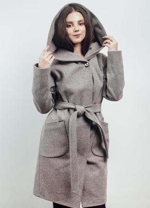 Нежно розовое женское пальто с капюшоном {46-56}