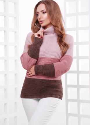 Теплый трехцветный свитер прямого силуэта
