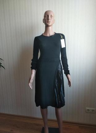 Трикотажное платье италия размер s